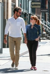 Jessica Chastain Out & About In NY 08-25-2014 (not HQ)
