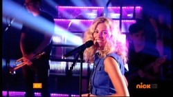 Pixie Lott - Get Your Skills On 30th August 2014 576p