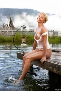 http://thumbnails109.imagebam.com/34944/9f14be349432440.jpg