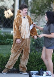 Ariel Winter - On The Set Of 'Modern Family' in Los Angeles 9/19/14