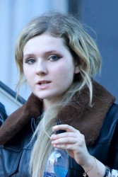 Abigail Breslin out and about candids 4