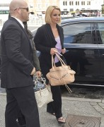 Britney Spears - Arriving in Denmark Septmeber 25, 2014 X6 HQ