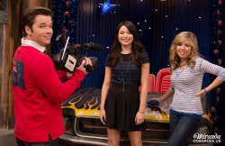 Miranda Cosgrove and Jeanette McCurdy sceencaps/pictures from iCarly s6e13 'iGoodbye' (42 pics inside)