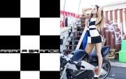 Ariana Grande : Hot Widescreen Wallpapers x 21
