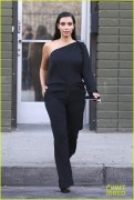 Kim Kardashian - Leaving a photoshoot in Calabasas 10/16/14