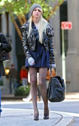 Taylor Momsen leggy in pantyhose on the set of Gossip Girl 11/4/09