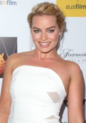Margot Robbie - 3rd Annual Australians In Film Awards Benefit Gala in Santa Monica 10/26/14