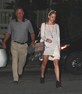Jennifer Lawrence Out in LA, 10/27/14 9