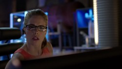 Emily Bett Rickards - Arrow S03 720p