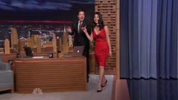 OLIVIA MUNN - HOT - The Tonight Show 10.31.14
