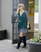 Reese Witherspoon Out and about in Beverly Hills November 4-2014 x28