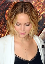 Jennifer Lawrence The Hunger Games Mockingjay Part I Photocall in London 11/9/14 2