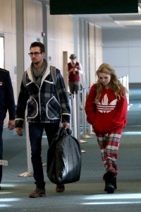 Sammi Hanratty airport departure candids Vancouver 5