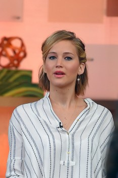 Jennifer Lawrence 'Good Morning America' in NYC 11/13/14 28