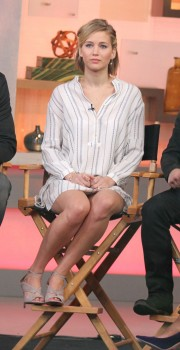 Jennifer Lawrence 'Good Morning America' in NYC 11/13/14 16