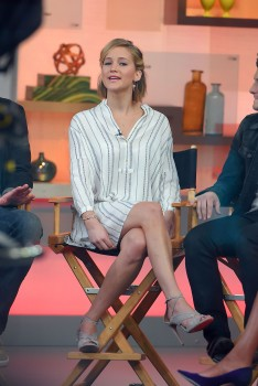 Jennifer Lawrence 'Good Morning America' in NYC 11/13/14 30
