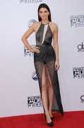 Kendall Jenner attends the 2014 American Music Awards at Nokia Theatre L.A. Live in Los Angeles, California 23.11.2014 (x112) updatet Fc9be4366557098