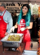 Kylie Jenner - L.A Mission & Anne Douglas Center's Thanksgiving Meal for the Homeless Event 11/26/14