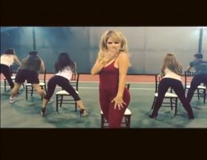 "Maria Menounos Sexy ""Anaconda"" Instagram Video - Booty"