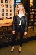 Chloe Moretz - 'The 5th Wave' Book & Movie Promotion December 7-2014 x28