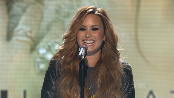 Demi Lovato - Give Your Heart a Break on American Idol S11E20 720p HDTV DD5.1 MPEG2-TrollHD