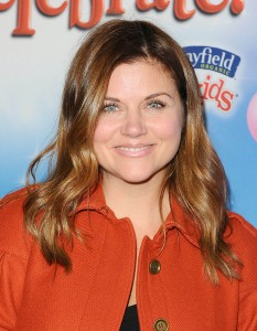 Tiffani Thiessen , Disney on ice, L.A 11/12/2014