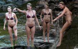 Charlize Theron, Jessica Alba, Maria Menounos, Olivia Wilde, Scarlett Johansson (Wallpaper) 5x