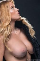 http://thumbnails109.imagebam.com/37230/91e414372291856.jpg