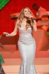 Mariah Carey - Performing Her Holiday Smash Hits in NYC 12/15/14