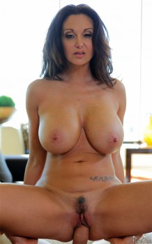 Ava Addams in Fuck Those Titties 720p Cover