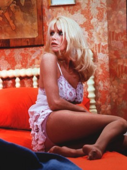 Suzanne Somers: 3's Company Still ? - Very Sexy - HQ x 1