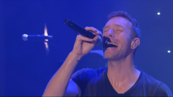 Coldplay - A Sky Full Of Stars Top Of The Pops Christmas 2014 1080i HDMania