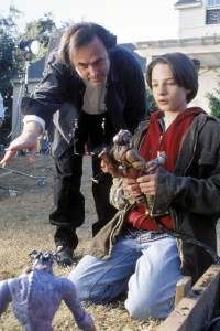 Солдатики / Small soldiers (1998) Кирстен Данст , Томми Ли Джонс (голос) 5361a6383637392