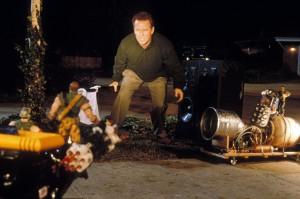 Солдатики / Small soldiers (1998) Кирстен Данст , Томми Ли Джонс (голос) 97735e383636995