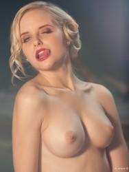 http://thumbnails109.imagebam.com/38456/44b27a384551492.jpg