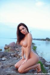 http://thumbnails109.imagebam.com/38969/44b00d389684400.jpg