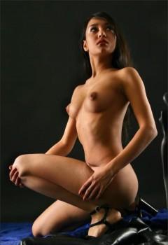 model telanjang
