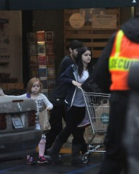 Ariel Winter - Shopping at Whole Foods in LA 2/22/15