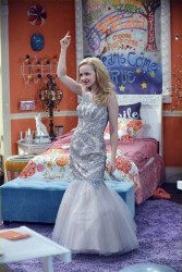 "Dove Cameron in 'Liv and Maddie' - ""Pottery-A-Rooney"" plus promos x11"