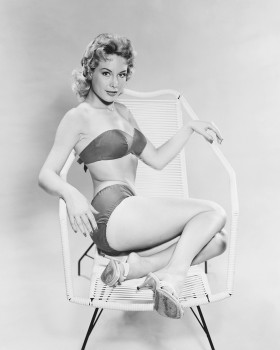 Barbara Eden - Sexy Colored Picture - x 1