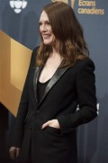 Julianne Moore - Canadian Screen Awards 2015 1mr15 l/m/h