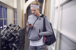 Karlie Kloss - Nike Photoshoot 2014 (Spandex, Sports Bra, Workout)-ADDS VIDEO