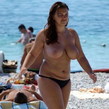подглядел на пляже фото