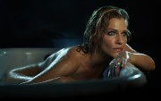 Tricia Helfer : Hot Wallpapers x 2