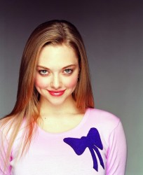 Amanda Seyfried 'Mean Girls' Promo HQ's